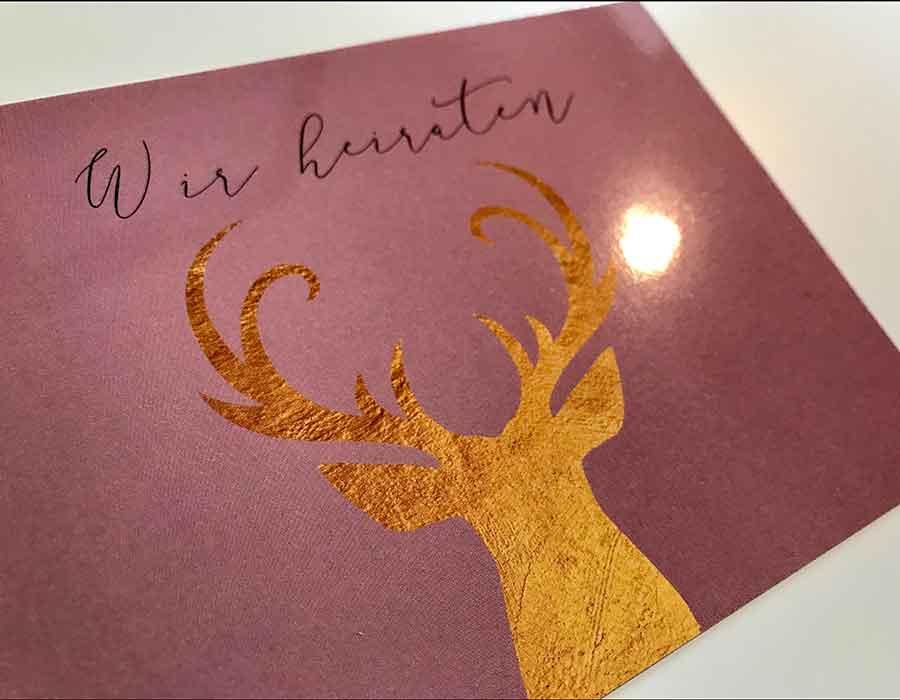 kartlerei einladungskarten drucken und gestalten papier folienkaschiert glaenzend - Papiersorten