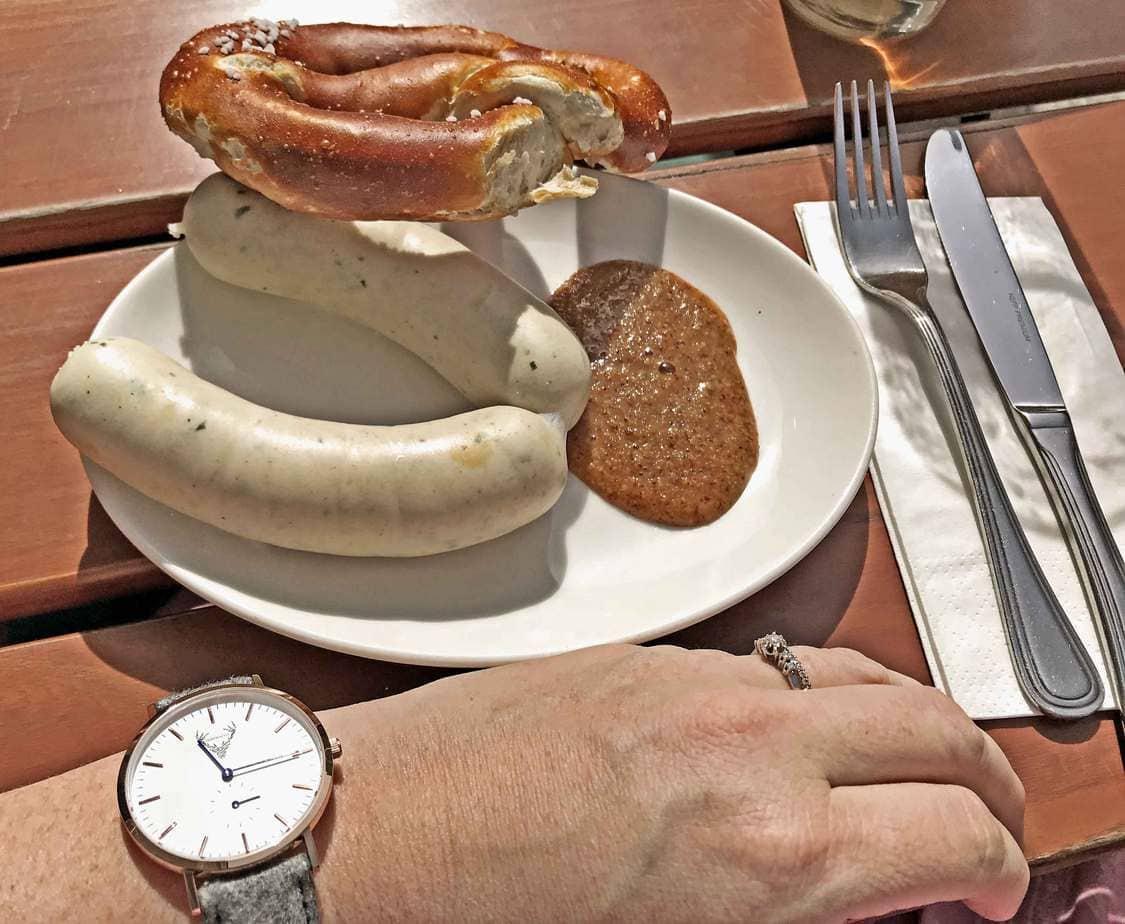 kartlerei trachtenhochzeit bayrisch heiraten uhrtracht - Trachtenhochzeit